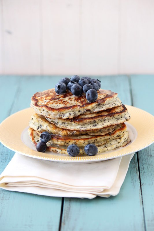 Lemon Poppy Seed Pancakes from HandletheHeat.com